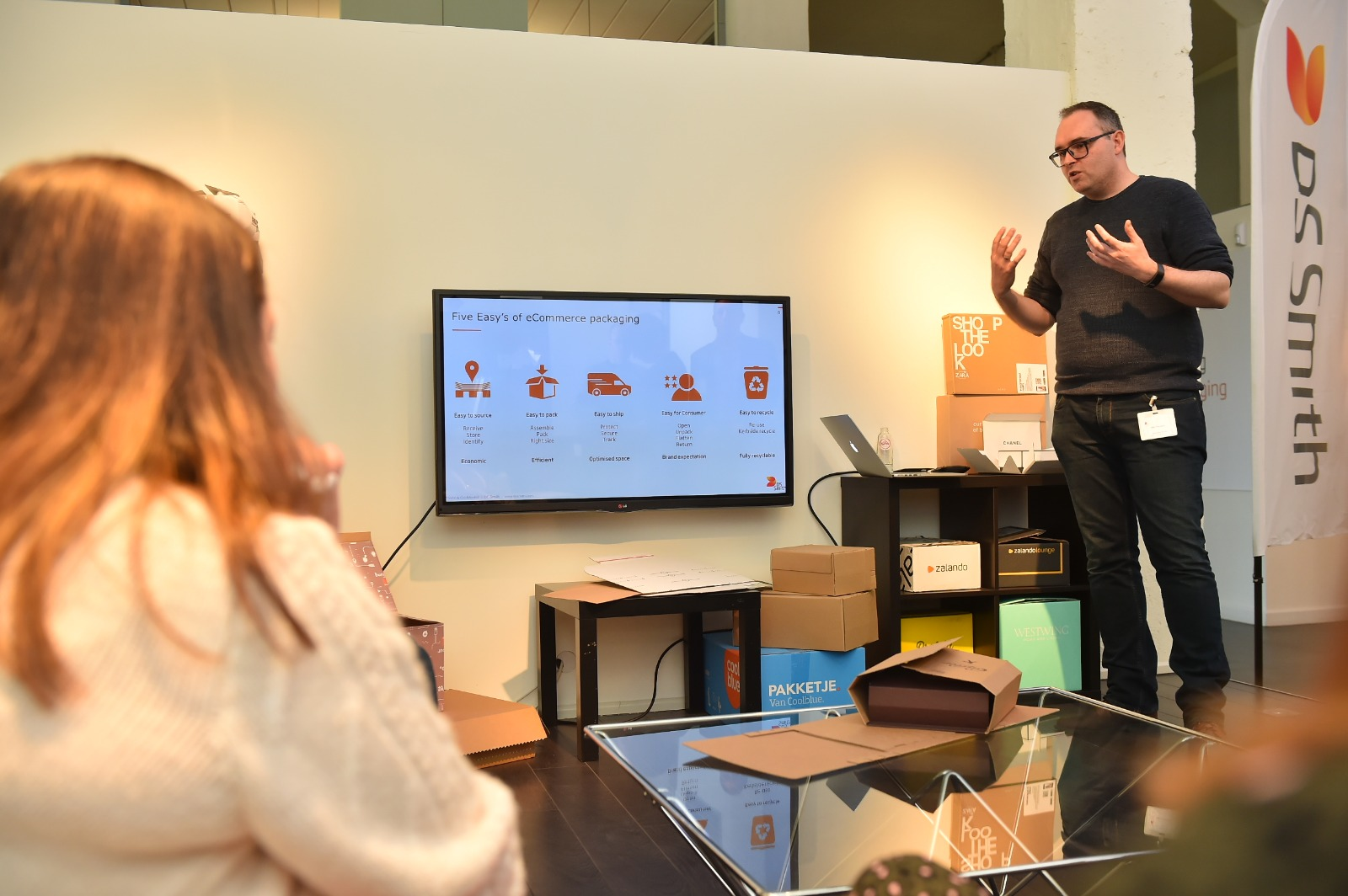 FEFCO Influencers Day: visit to DS Smith Brands & Experience