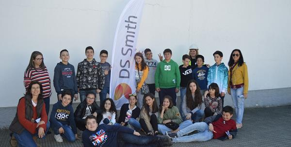 DS Smith supports CELPA's Mission 360 project, welcoming local students to its Viana Paper Mill