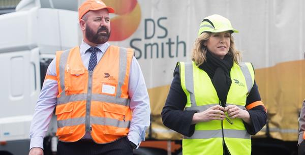 Penny Mordaunt MP visits DS Smith Recycling Portsmouth Depot