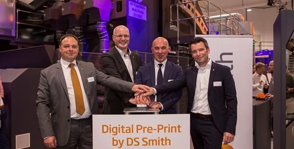 DS Smith neemt revolutionaire digitale reel-to-reel printer in gebruik